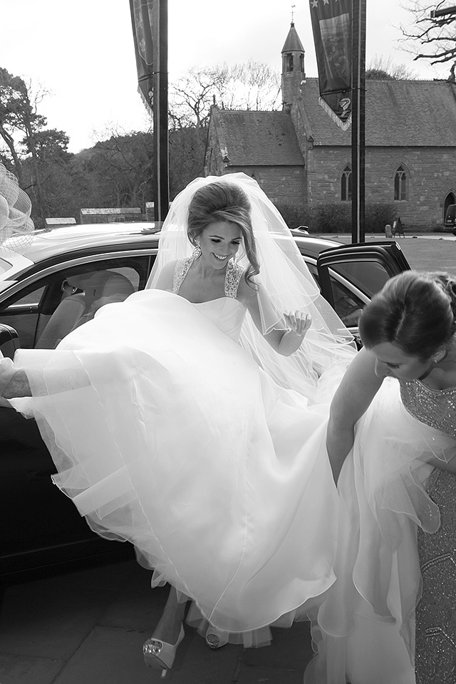 weddings cars and horse and carriages for weddings in chehire
