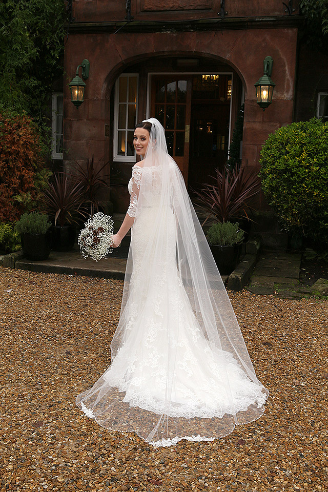 cheshire weddings at Nunsmere Hall