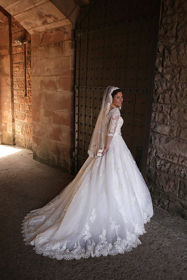 the brides wedding day at cheshire wedding venues